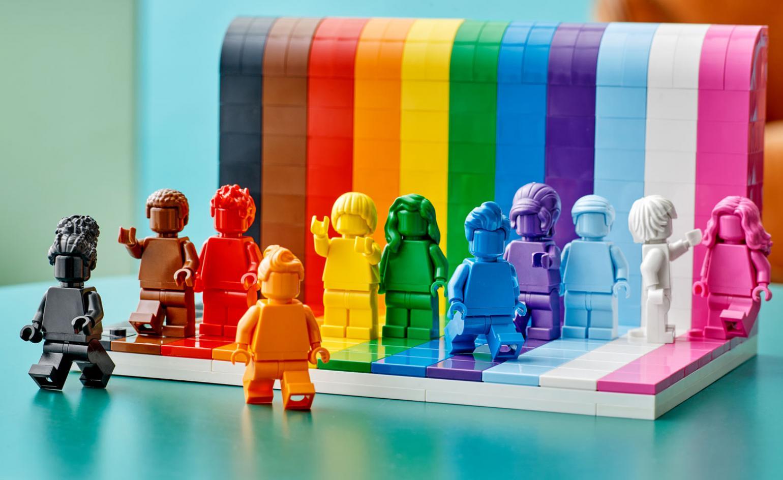 pride, lego, everyone is awesome, 2021, lgbtq+